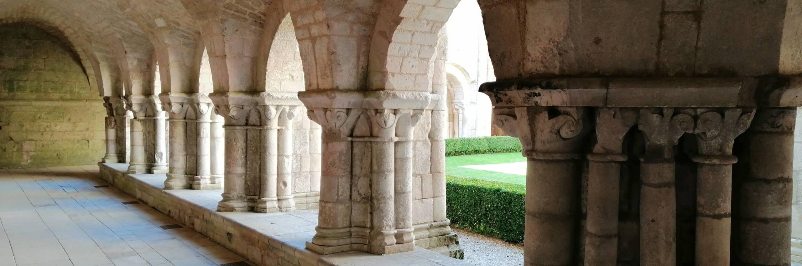 L'abbaye royale de Nieul-sur-l'Autise, un trésor au cœur du Marais poitevin