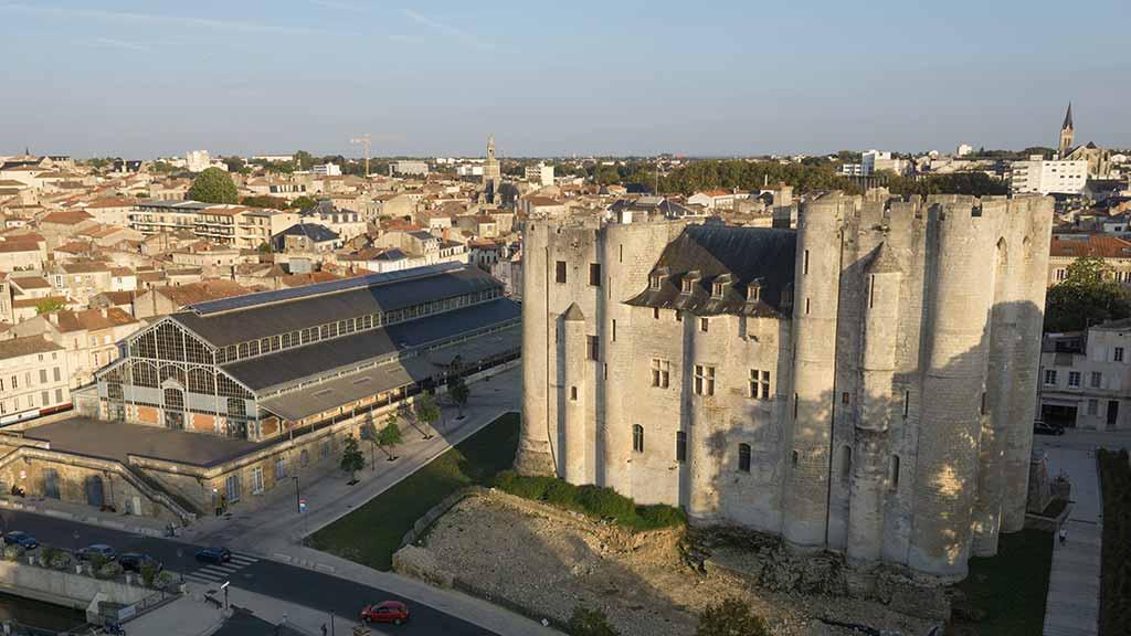 Le Donjon de Niort - Marais poitevin