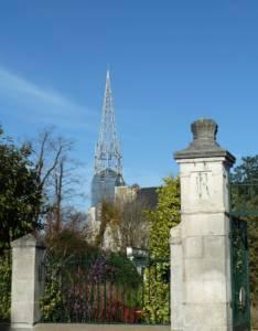 Le clocher de l'église de Marans