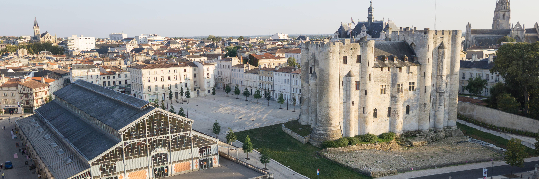 Visiter Niort, ville sentinelle du Marais poitevin